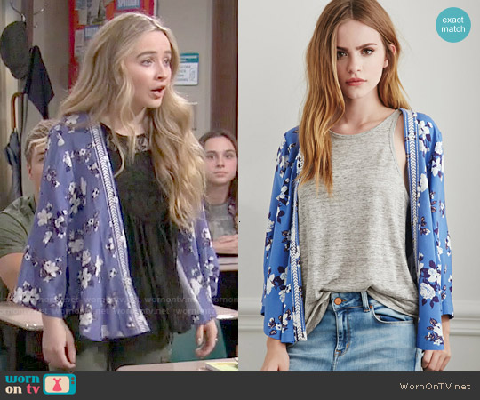Forever 21 Embroidered Floral Print Kimono worn by Sabrina Carpenter on Girl Meets World