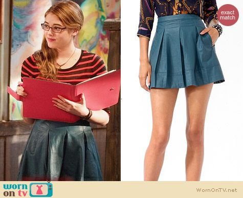 Forever 21 Faux Leather Box Pleated Skirt worn by McKaley Miller on Hart of Dixie