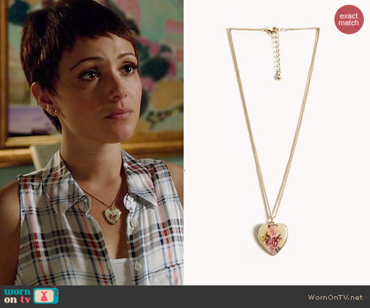 Forever 21 Floral Heart Necklace worn by April Carver on Chasing Life