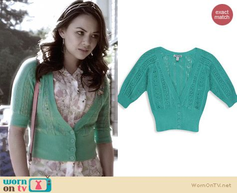 Forever 21 H81 Knit Cropped Cardigan worn by Janel Parrish on PLL