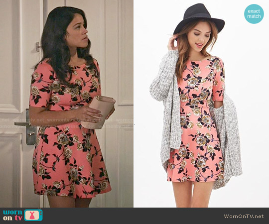 Forever 21 Rose Print Skater Dress worn by Gina Rodriguez on Jane the Virgin