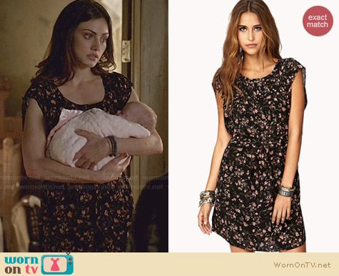Forever 21 Whimsy Floral Shift Dress with Sash worn by Phoebe Tonkin on The Originals