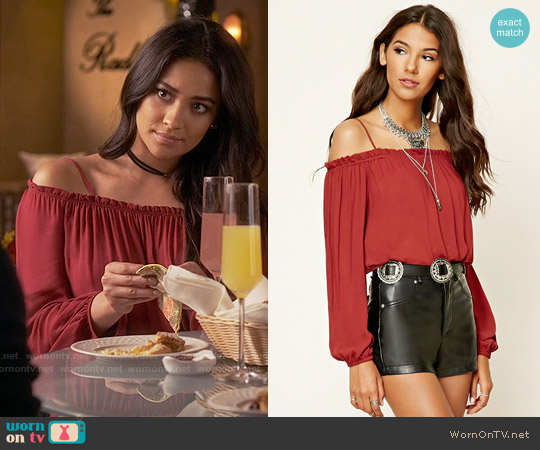 5854bceae88b5 WornOnTV  Emily s red off-shoulder top on Pretty Little Liars