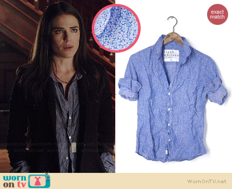 Frank & Eileen Barry Shirt in Blue Floral Linen worn by Karla Souza on HTGAWM