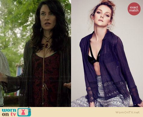 Free People Softly Woven Jacket worn by Madchen Amick on Witches of East End