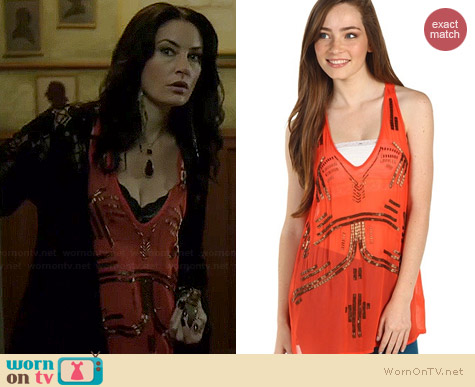 Free People Bead It Tank worn by Madchen Amick on Witches of East End