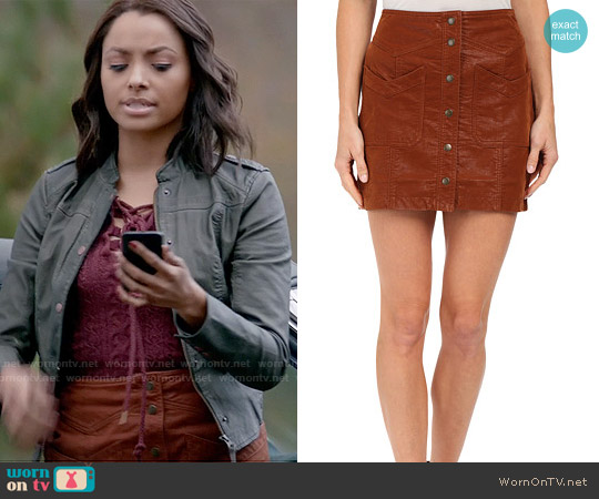 Free People Come a Little Closer Faux Leather Skirt worn by Kat Graham on The Vampire Diaries