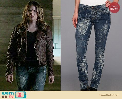 Free People Elle Printed Jeans worn by Shelley Hennig on Teen Wolf