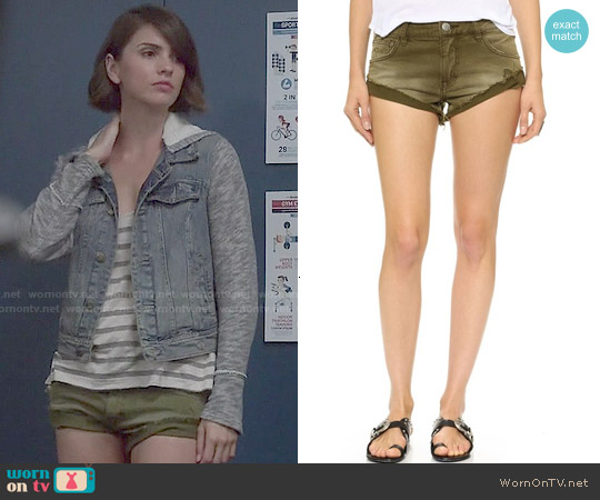 Free People Irreplaceable Army Shorts worn by Malia Tate on Teen Wolf
