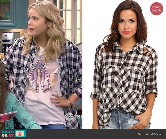 Free People Lace Up Plaid Shirt in Ivory Combo worn by Taylor Sprietler on Melissa & Joey