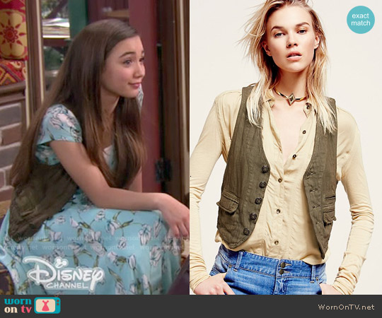 Free People Menswear Cotton Vest in Army Olive worn by Rowan Blanchard on Girl Meets World