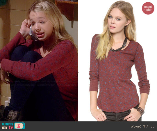 Free People Printed Thermal Top worn by Sadie Calvano on Mom