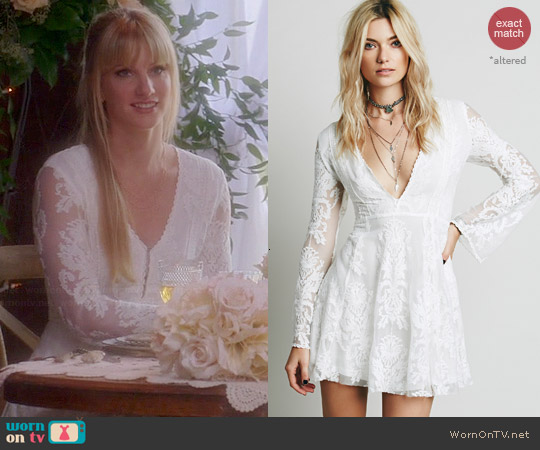 Free People Reign Over Me Lace Dress in Ivory worn by Heather Morris on Glee