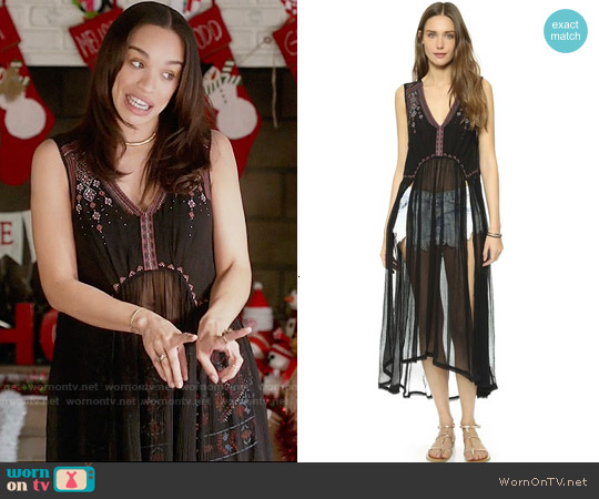 Free People See You Smile Top worn by Cleopatra Coleman on Last Man On Earth