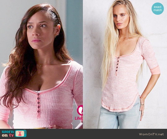 Free People Sweetheart Henley in Spiced Coral worn by Dania Ramirez on Devious Maids