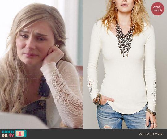worn by Scarlett O'Connor (Clare Bowen) on Nashville