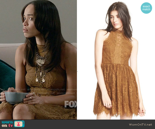 Free People Verushka Lace Dress in Honey worn by Cleopatra Coleman on Last Man On Earth