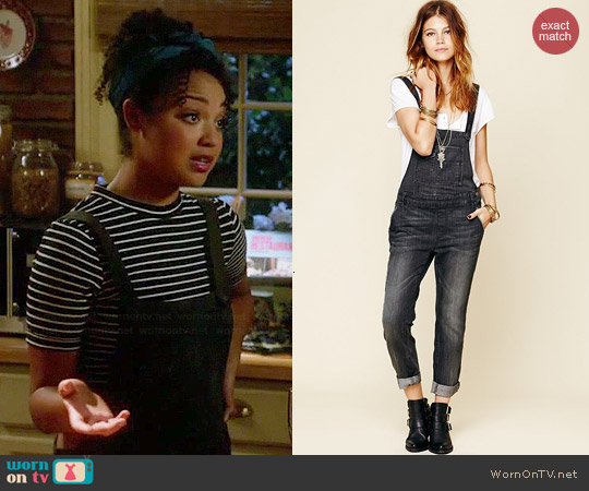Free People Washed Denim Overalls in Eclipse worn by Beth on Chasing Life
