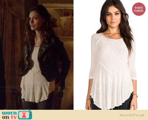 Free People Weekends Layering Top in Tea worn by Phoebe Tonkin on The Originals