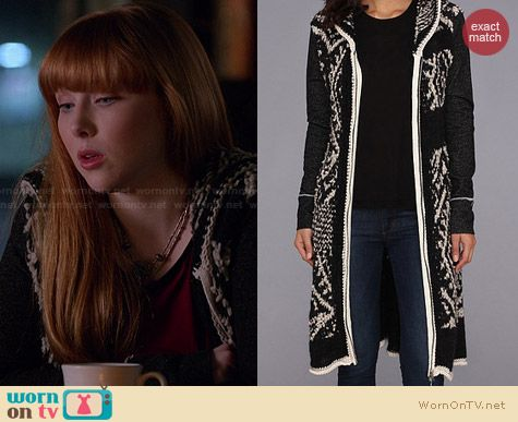 Free People White Moon Cardigan worn by Molly Quinn on Castle