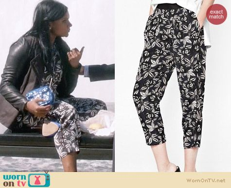 French Connection Argan Rose Peg Leg Trousers worn by Mindy Kaling on The Mindy Project