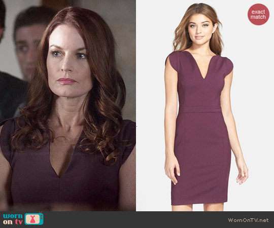 French Connection Lolo Dress worn by Laura Leighton on PLL