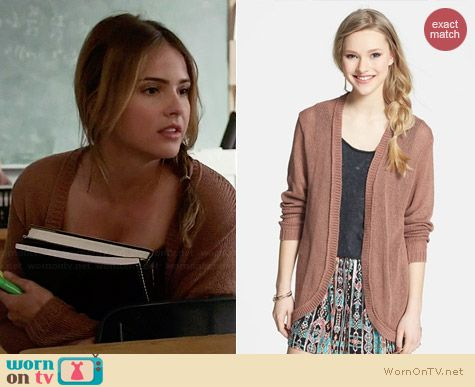 Frenchi Open Front Cardigan in Cognac worn by Shelley Hennig on Teen Wolf