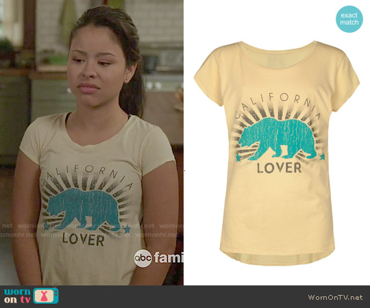 Full Tilt Cali Sun Rays tee worn by Cierra Ramirez on The Fosters