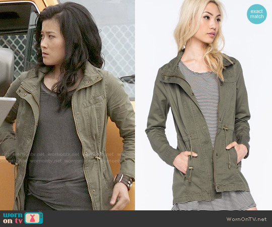 Full Tilt Hooded Twill Anorak Jacket worn by Jadyn Wong on Scorpion