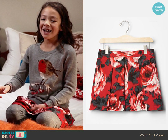 GAP Girls Rose Pleated Skirt worn by Lily Tucker-Pritchett on Modern Family