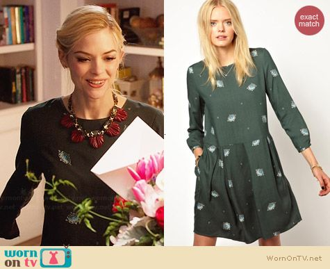 Girl. By Band of Outsiders Jewel Print Dress worn by Jaime King on Hart of Dixie