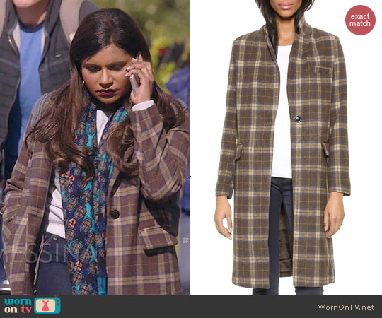Glamorous Checkered Coat worn by Mindy Kaling on The Mindy Project