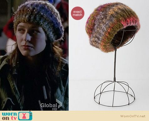 Glee Fashion: Anthropologie slouch beanie worn by Melissa Benoist