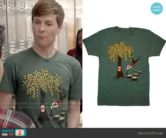 GnomeEnterprises Tree vs Lumberjack Tee worn by John Karna on Scream