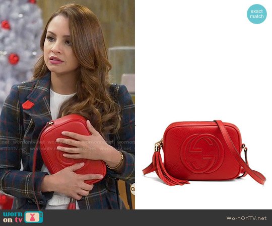 Gucci Soho Small Shoulder Bag worn by Aimee Carrero on Young & Hungry