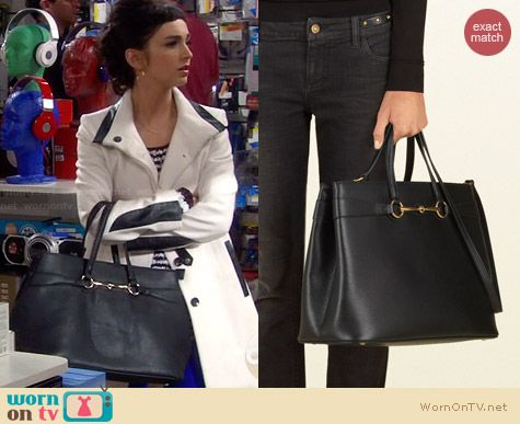 Gucci Bright Bit Large Leather Tote worn by Molly Ephraim on Last Man Standing