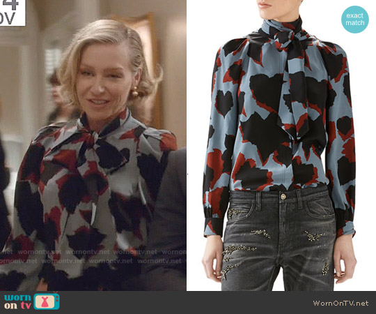 Gucci Leaves Print Silk Shirt worn by Portia de Rossi on Scandal