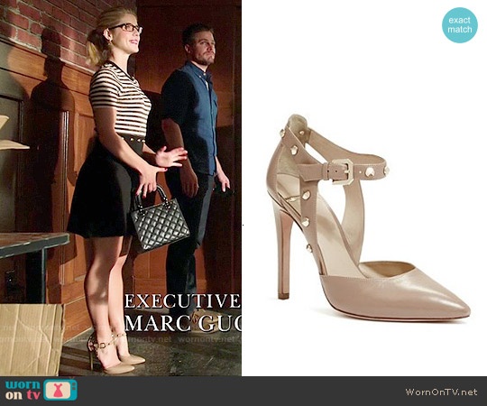 Guess Bobbie Pump in Nude worn by Emily Bett Rickards on Arrow