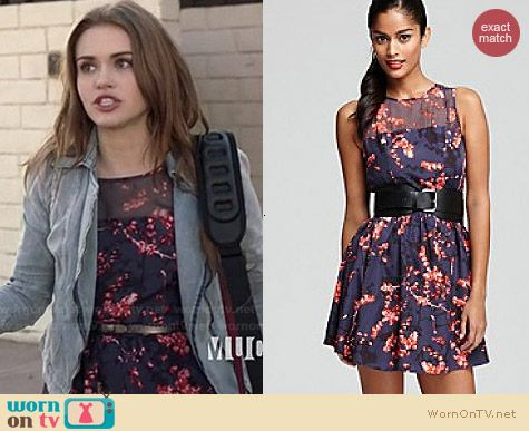 Guess Tasha Belted Dress worn by Holland Roden on Teen Wolf