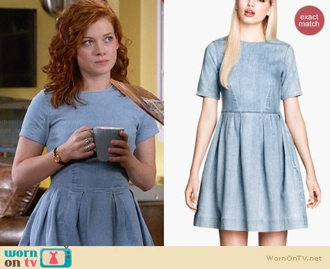 H&M Denim Dress worn by Jane Levy on Suburgatory