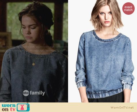 H&M Denim Blouse worn by Maia Mitchell on The Fosters
