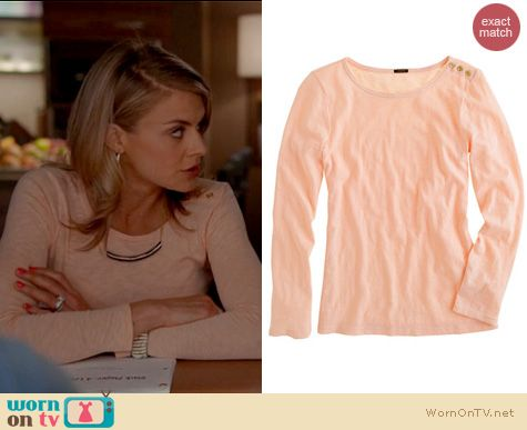 Happy Endings Fashion: J. Crew Painter tee with buttons worn by Eliza Coupe