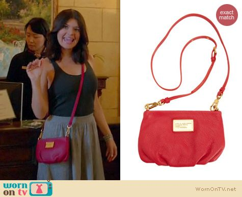 Happy Endings Fashion: Marc by Marc Jacobs Classic Q Percy crossbody bag worn by Casey Wilson