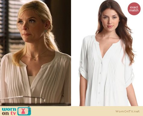 Hart of Dixie Fashion: Bcbgmaxazria Twigger blouse worn by Jaime King