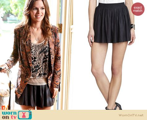 Hart of Dixie Style: BCBGMAXAZRIA Sheena Play Shorts worn by Rachel Bilson