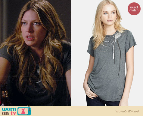 Haute Hippie Snake Embellished Tee worn by Jes Macallan on Mistresses