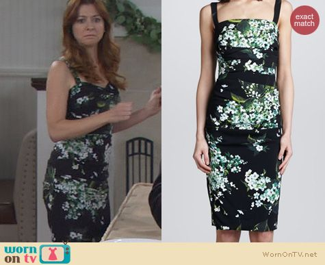 HIMYM Fashion: Dolce & Gabbana Lily Print Ruched Dress worn by Alyson Hannigan