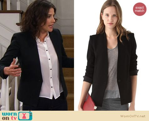 worn by Robin Scherbatsky (Cobie Smulders) on How I Met Your Mother