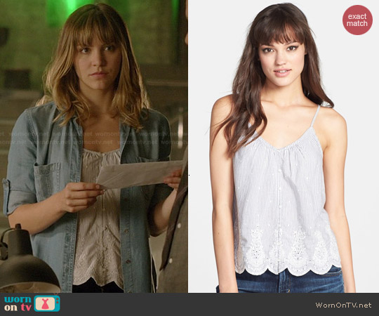 Hinge Stripe Eyelet Tank worn by Katharine McPhee on Scorpion