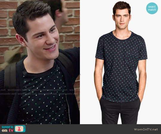 H&M Dot Print T-shirt worn by Michael Willett on Faking It